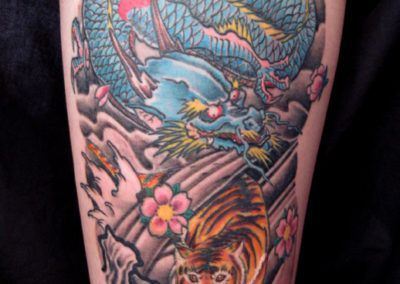 tattoo-dragon-azulde-aguas