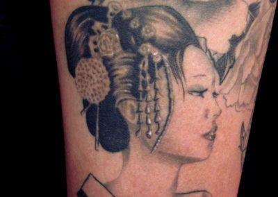 tattoo-geisha-flores1