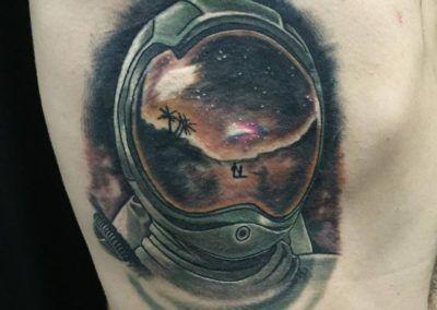 casco astronauta.kuronekotattoo